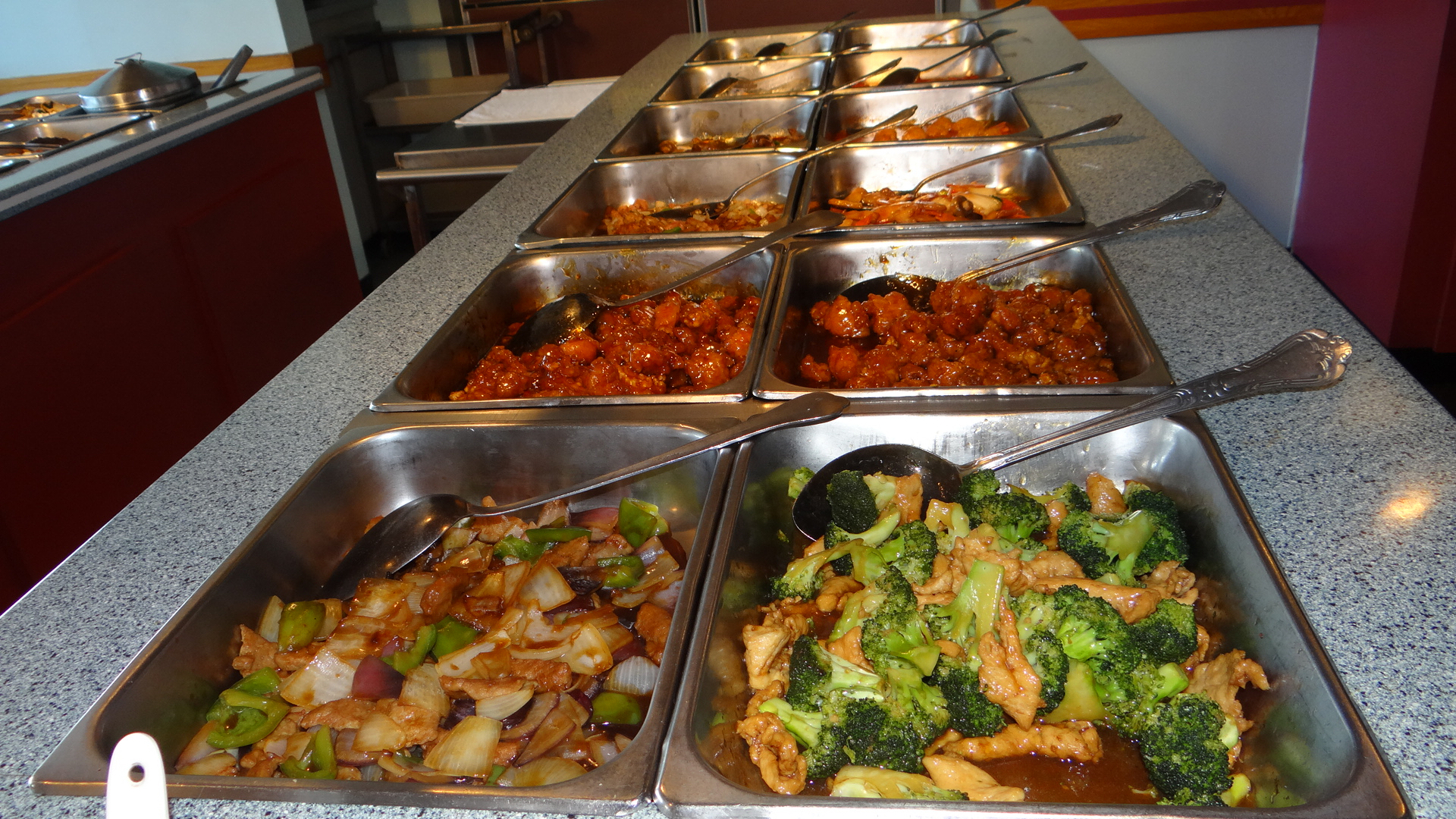 Young Chinese Buffet 1668 Meriden Waterbury Rd Milldale Ct 06467 Center Plaza